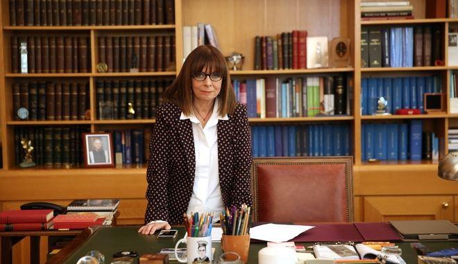 Η νέα Πρόεδρος της; Δημοκρατίας Αικατερίνη Σακελλαροπούλου