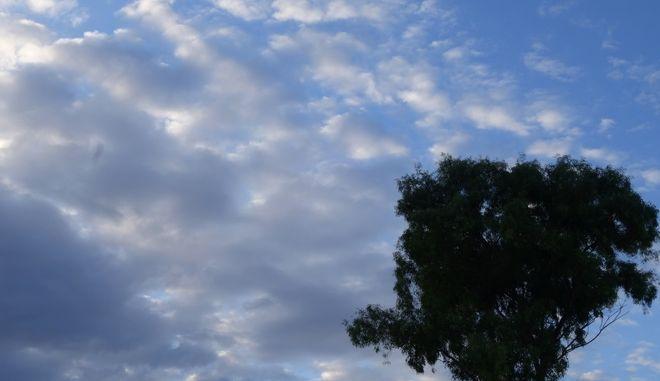 Συννεφιασμένος ουρανός