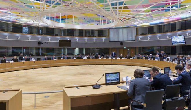 Βρυξέλλες: Μπορεί να κλείσει η τρίτη αξιολόγηση μέχρι τέλος του χρόνου