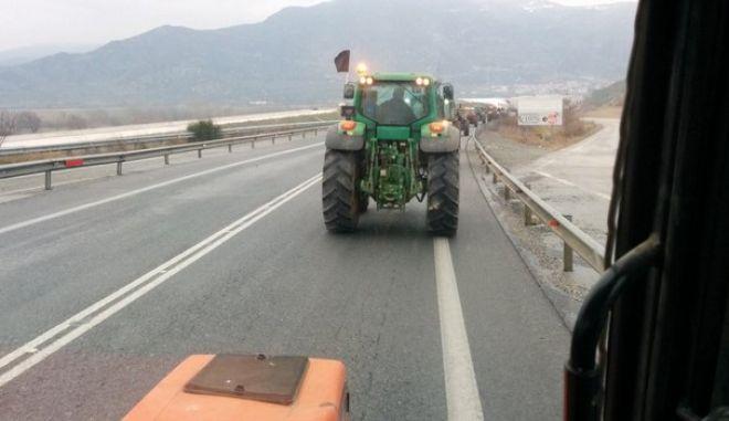 Οι αγρότες στους δρόμους, το NEWS 247 στα μπλόκα