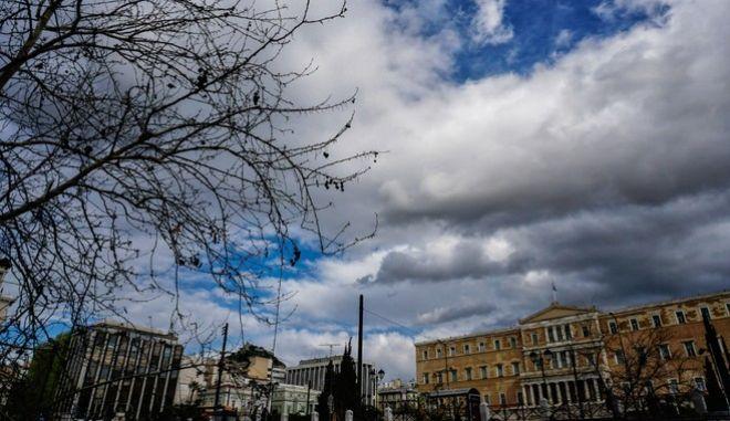 Συννεφιασμένος καιρός στην Αθήνα