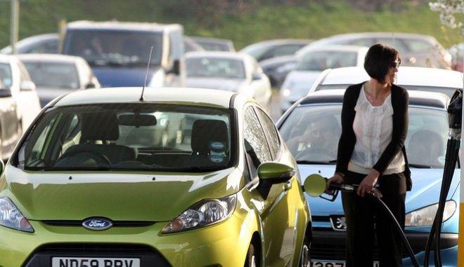 Βρετανία: Αναστολή της νομοθεσίας περί ανταγωνισμού για να αντιμετωπιστούν οι ελλείψεις στα καύσιμα