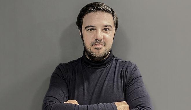 Ο Θοδωρής Κανελλόπουλος Editor-in-chief του Οneman.gr