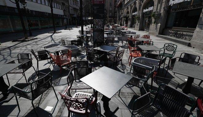 Άδειος πεζόδρομος στο Βελιγράδι λόγω κορονοϊού