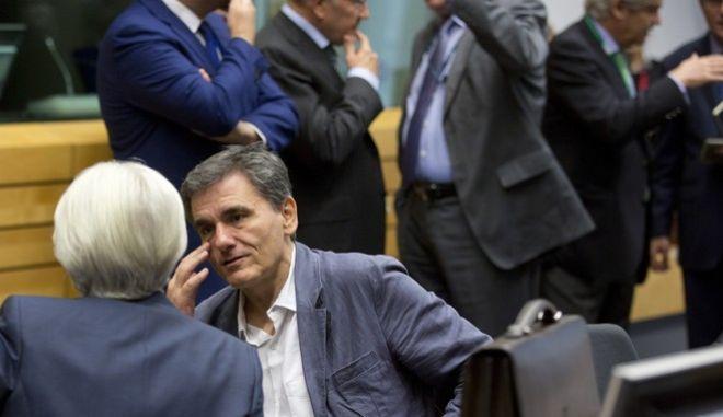 ΔΝΤ: Συνεχίστε το QE για τον 'Ευρωπαϊκό Νότο'