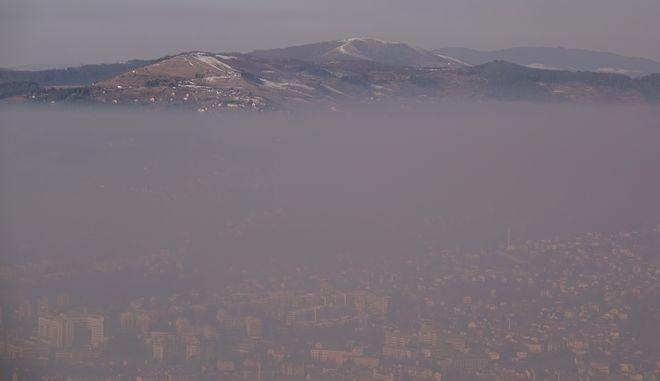 Ατμοσφαιρική ρύπανση στο Σαράγιεβο της Βοσνίας τον Ιανουάριο του 2020