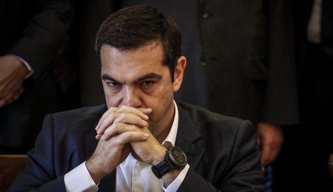 Ο πρωθυπουργός Αλέξης Τσίπρας κατά την τελετή παράδοσης-παραλαβής στο υπουργείο Εξωτερικών