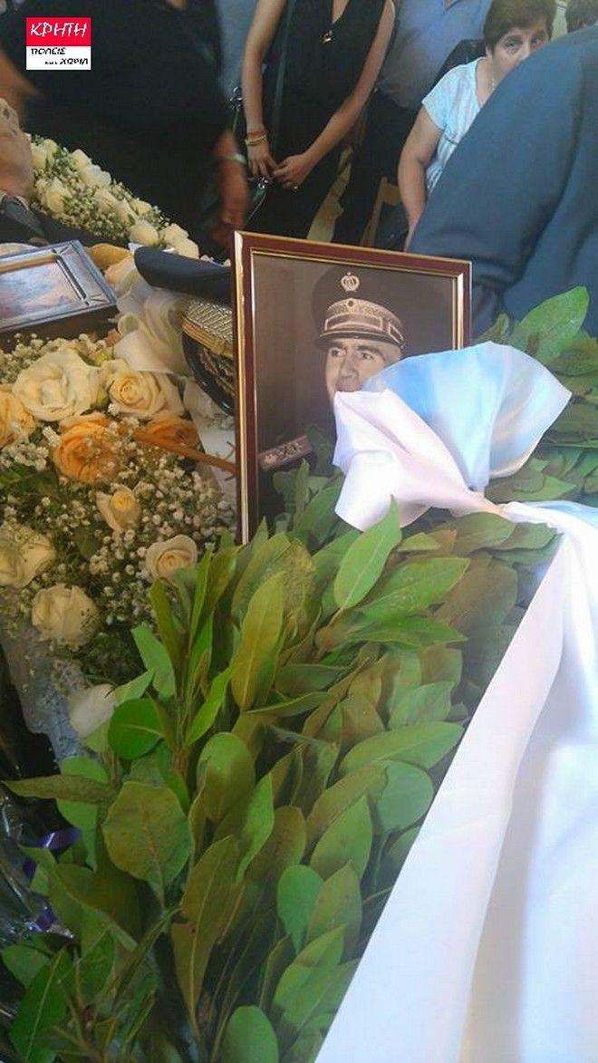 Παρουσία μελών της Χρυσής Αυγής η κηδεία του Παττακού