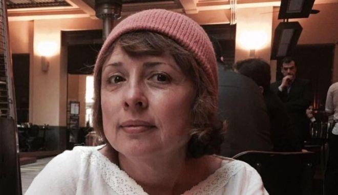 O δημοσιογράφος της Liberation Μαρία Μαλαγαρδή