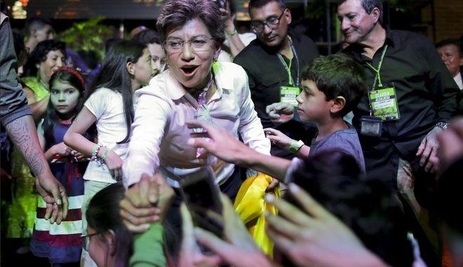 Για πρώτη φορά γυναίκα δήμαρχος στην Κολομβία