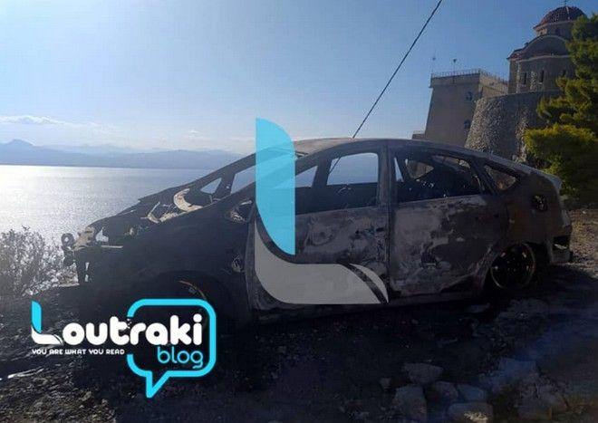 Το αυτοκίνητο της γυναίκας που έπιασε φωτιά