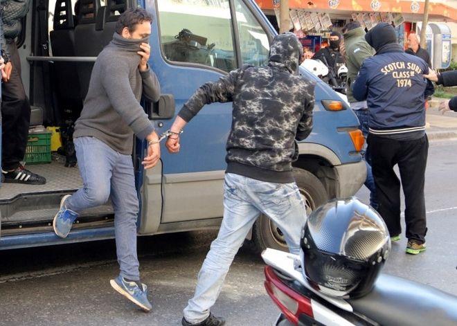 Ηράκλειο: Στον εισαγγελέα 19 διακινητές μεταναστών, ανάμεσά τους ένας αρχιφύλακας