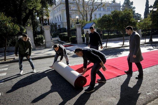Προετοιμασίες στο Προεδρικό Μέγαρο για την υποδοχή του προέδρου της Τουρκίας Ταγίπ Ερντογάν την Πέμπτη 7 Δεκεμβρίου 2017. (EUROKINISSI/ΓΙΑΝΝΗΣ ΠΑΝΑΓΟΠΟΥΛΟΣ)