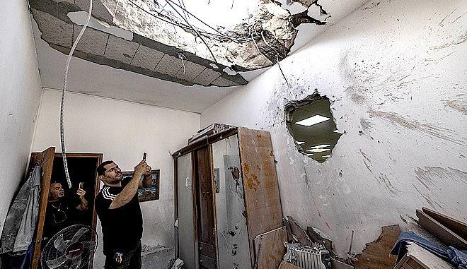 Συναγωγή με καταστροφές στο Ισραήλ από ρουκέτα της Χαμάς