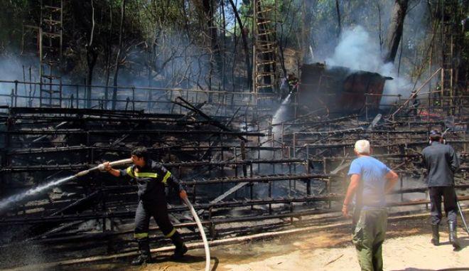 Κάηκε το θέατρο στη Ρεματιά Χαλανδρίου. Εμπρησμός το πιθανότερο σενάριο 16c6e3f5fc8