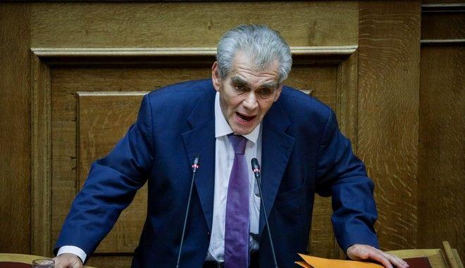 Ο πρώην αναπληρωτής υπουργός Δικαιοσύνης Δημήτρης Παπαγγελόπουλος στη Βουλή