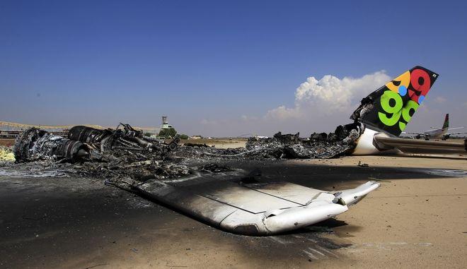 Αεροσκάφος στο αεροδρόμιο της Τρίπολης, Λιβύη (Φωτό αρχείου)