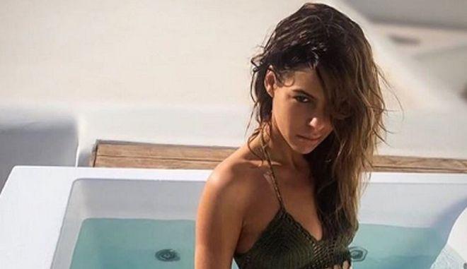 """Η Μέγκι Ντρίο """"αναστατώνει"""" το Instagram από το δωμάτιό της"""