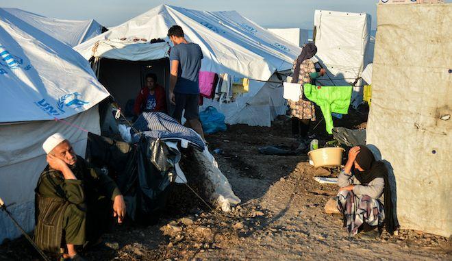 Στιγμιότυπο από τον νέο καταυλισμό φιλοξενίας προσφύγων και μεταναστών στο Καρά Τεπέ Λέσβου.