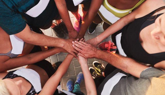 Το 'Συν-τρέχουμε για τη ζωή' είναι ο νέος φιλανθρωπικός αγώνας δρόμου, που συνδυάζει άθληση και ψυχαγωγία