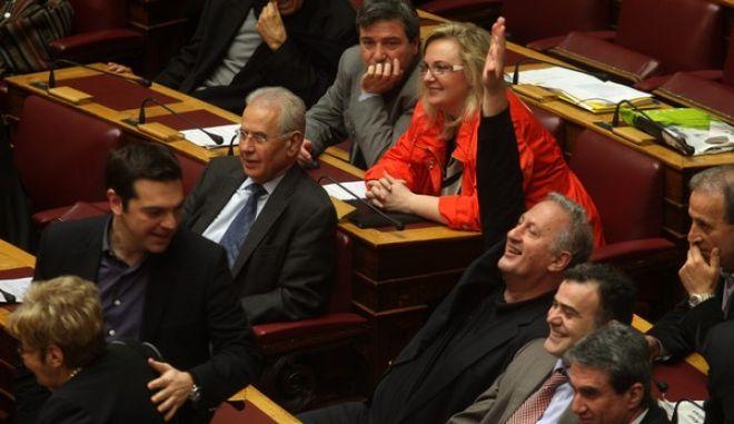 ΒΟΥΛΗ - Ονομαστική ψηφοφορία επί της τροπολογίας του υπουργείου Παιδείας για τη δημιουργία κατευθύνσεων στα τμήματα των Πανεπιστημίων και των ΤΕΙ, Πέμπτη 28 Μαρ. 2013. (EUROKINISSI)