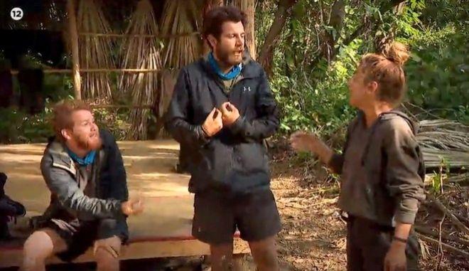 Ένταση μεταξύ Τζέιμς Καφετζή και Μαριαλένας Ρουμελιώτη στο αποψινό Survivor