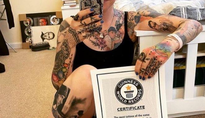 Eminem: Θαυμάστρια έσπασε το ρεκόρ των περισσότερων τατουάζ που τον απεικονίζουν