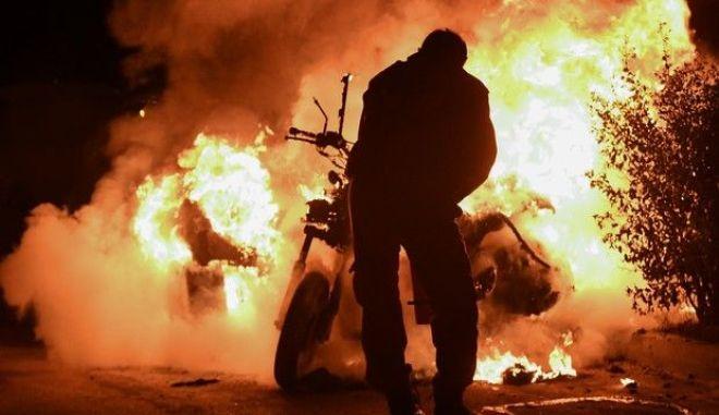 Μπουντούτσνοστ: Συνελήφθησαν 37 οπλισμένοι Μαυροβούνιοι χούλιγκανς