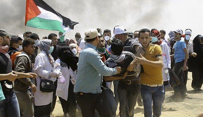 Ισραηλινοί και Παλαιστίνιοι προετοιμάζονται σήμερα για νέες συγκρούσεις μία ημέρα μετά την πιο αιματηρή ημέρα στην ισραηλινο-παλαιστινιακή σύγκρουση