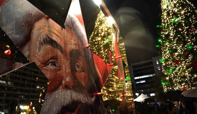 Η Coca-Cola «ζωντανεύει» τα Χριστούγεννα στην καρδιά της Αθήνας