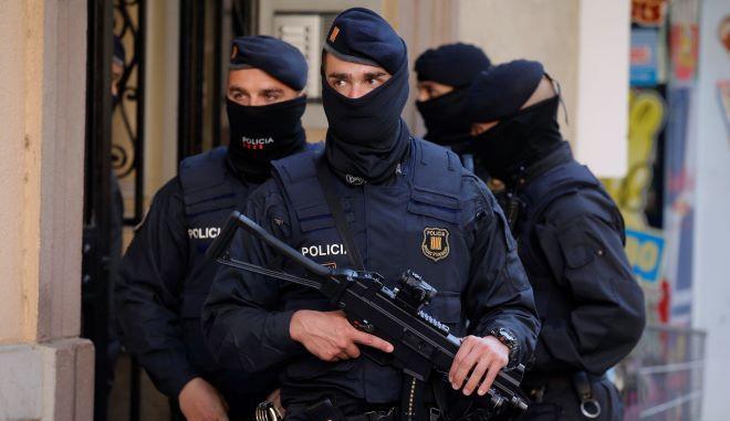 Αστυνομικοί στην Βαρκελώνη (φωτογραφία αρχείου)
