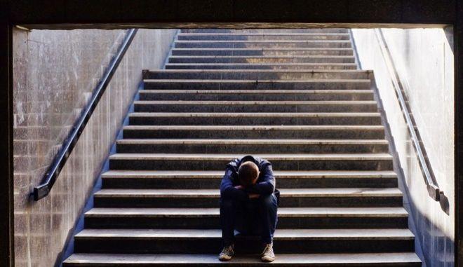 Άνδρας με κατάθλιψη