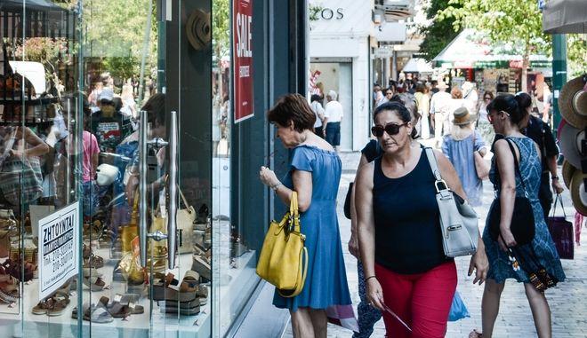 Ανοικτά τα μαγαζιά στην Αττική τη Δευτέρα του Αγίου Πνεύματος