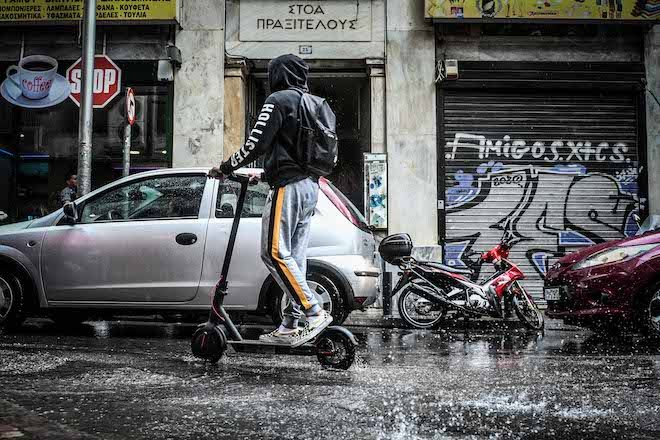 Κακοκαιρία στο κέντρο της Αθήνας