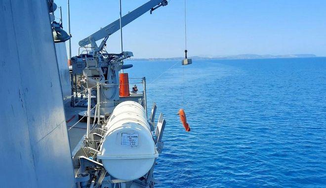 """Στιγμιότυπο από την πολυεθνική άσκηση Ναρκοπολέμου """"ΑΡΙΑΔΝΗ 21"""" που διεξήχθη στην ευρύτερη θαλάσσια περιοχή του Πατραϊκού Κόλπου"""