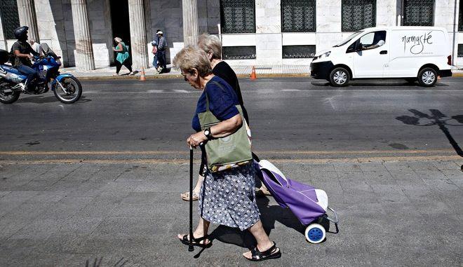 Street scene, Athens, Greece on Aug. 2, 2017. /  ,  2 , 2017.
