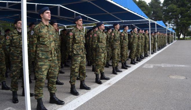 Στρατιώτες Πεζικού κατά την τελετή ορκωμοσίας τους
