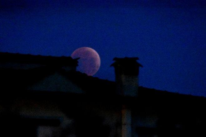 ΑΡΓΟΛΙΔΑ- Δευτέρα 21 Ιανουαρίου 2019: πανσέληνος, υπερπανσέληνος και ολική σεληνιακή έκλειψη. (Eurokinissi-ΠΑΠΑΔΟΠΟΥΛΟΣ ΒΑΣΙΛΗΣ)