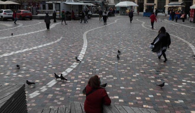 Άνθρωποι στο Μοναστηράκι