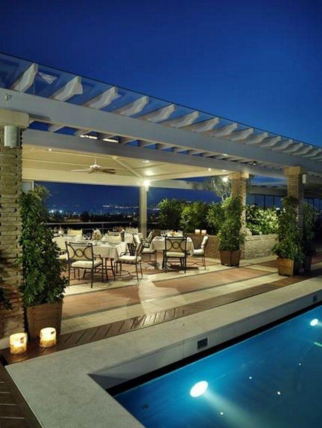To LA VERANDA υποδέχεται το καλοκαίρι και ανοίγει τις πόρτες του για τους επισκέπτες