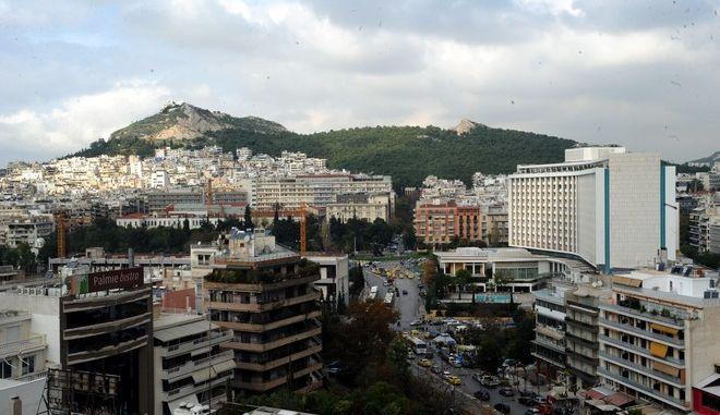 Στιγμιότυπο από την Αθήνα. (EUROKINISSI/ΑΝΤΩΝΗΣ ΝΙΚΟΛΟΠΟΥΛΟΣ)