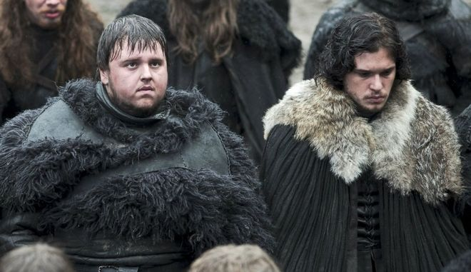 Game of Thrones: Η παραγωγή έφτιαξε τις κάπες του Jon Snow από χαλάκια του IKEA