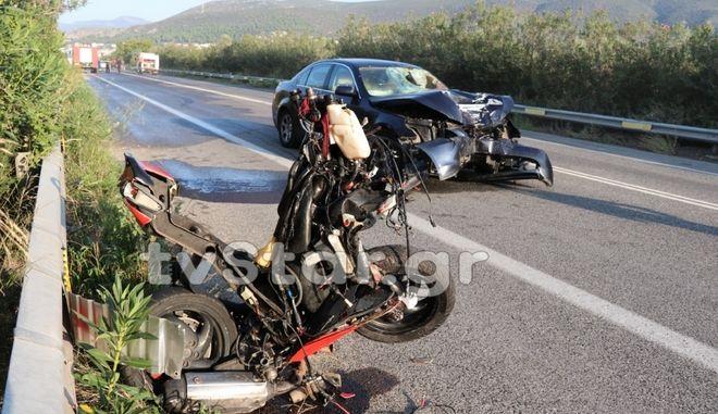 Σύγκρουση Ι.Χ. με μοτοσυκλέτα