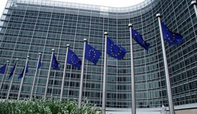 """Επιστροφή στην """"ομαλότητα"""" της ζώνης Σένγκεν πριν από τον Νοέμβριο, βλέπει η ΕΕ"""