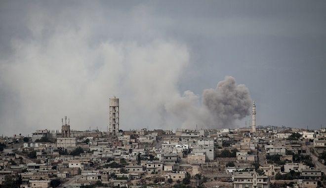 Βομβαρδισμός στο Ιντλίμπ της Συρίας