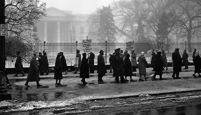 Η εκτέλεση των 7 για βιασμό και η αποκατάσταση 70 χρόνια μετά