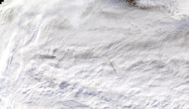 NASA: Απίστευτες φωτογραφίες από τον μετεωρίτη που εξερράγη πάνω από τη Βερίγγεια Θάλασσα