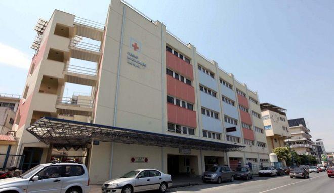 14 περιστατικά του νέου κορονοϊού στην ογκολογική κλινική του Νοσοκομείου Λάρισας