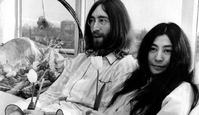 Ο Τζον Λένον και η Γιόκο Όνο στο πρώτο Bed-In (AP Photo)