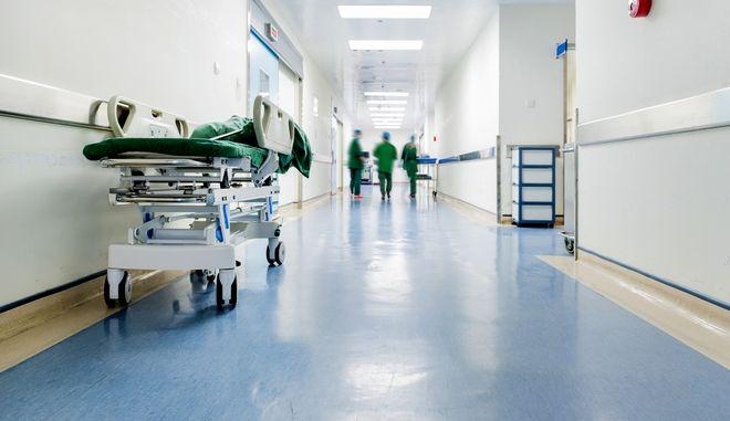 Καλάβρυτα: Δεν φταίει το εμβόλιο για τον θάνατο γυναίκας, λέει ιατροδικαστής
